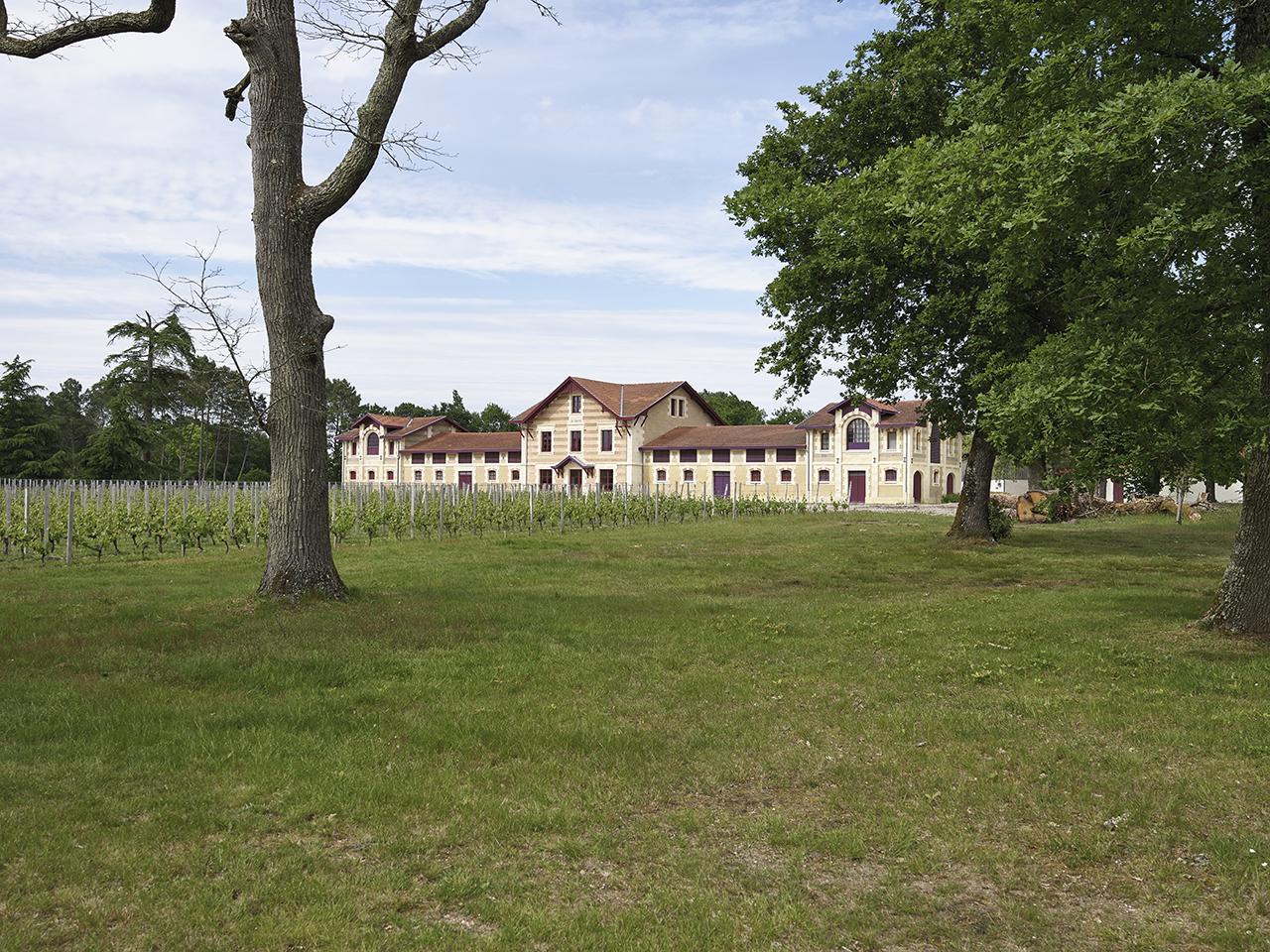 Château Le Sartre